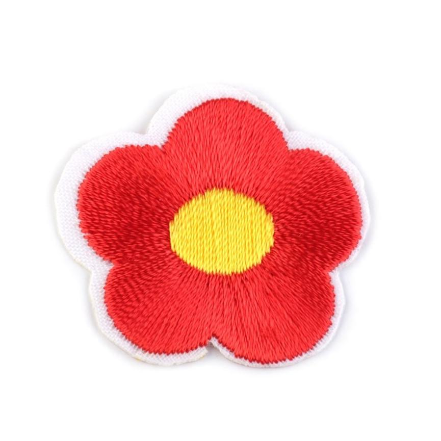 Naprasowanki wyszywany kwiat - 10szt - czerwony