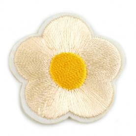 Naprasowanki wyszywany kwiat - 10szt - kremowy