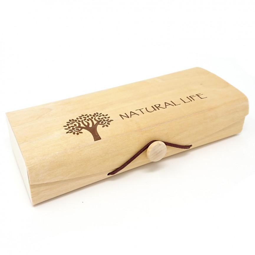 Drewniana szkatułka na szydełka